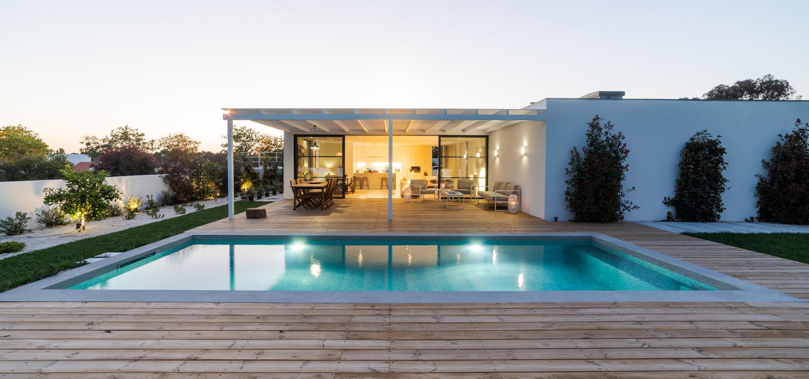 Construcción piscina Azul Reformas